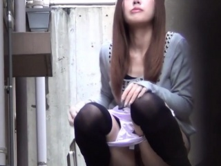 Asian merging cam piss
