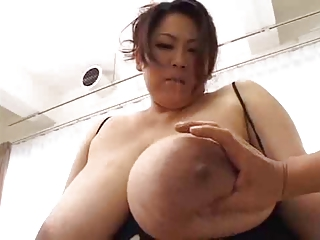 japan bbw big boobs chest..