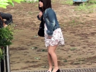 Japanese pissing babe