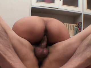 Horny Asian babe gets her..