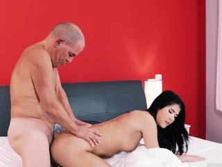 Hot girl tied and fucked..
