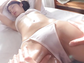 Asian Massage Beautie Beast..