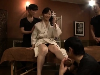 Sexy X massage with asian..